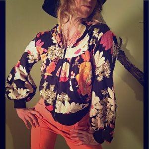 Floral print sweatshirt, 70's style